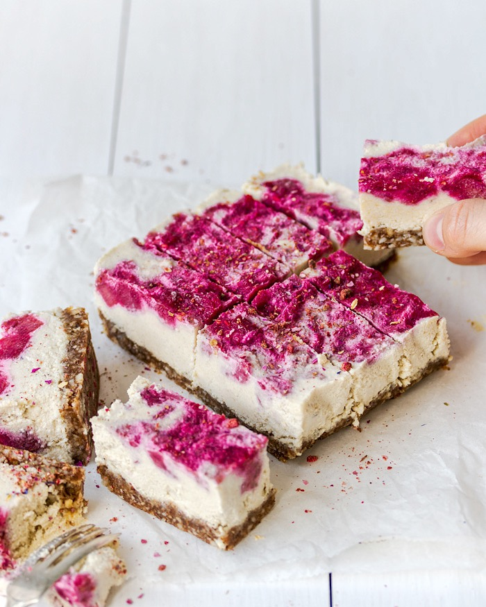 Vegan Rhubarb Raspberry Cheesecake Yolcsita Eats