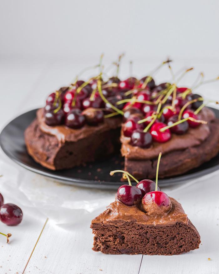 Gluténmentes olajmentes vegán csokitorta