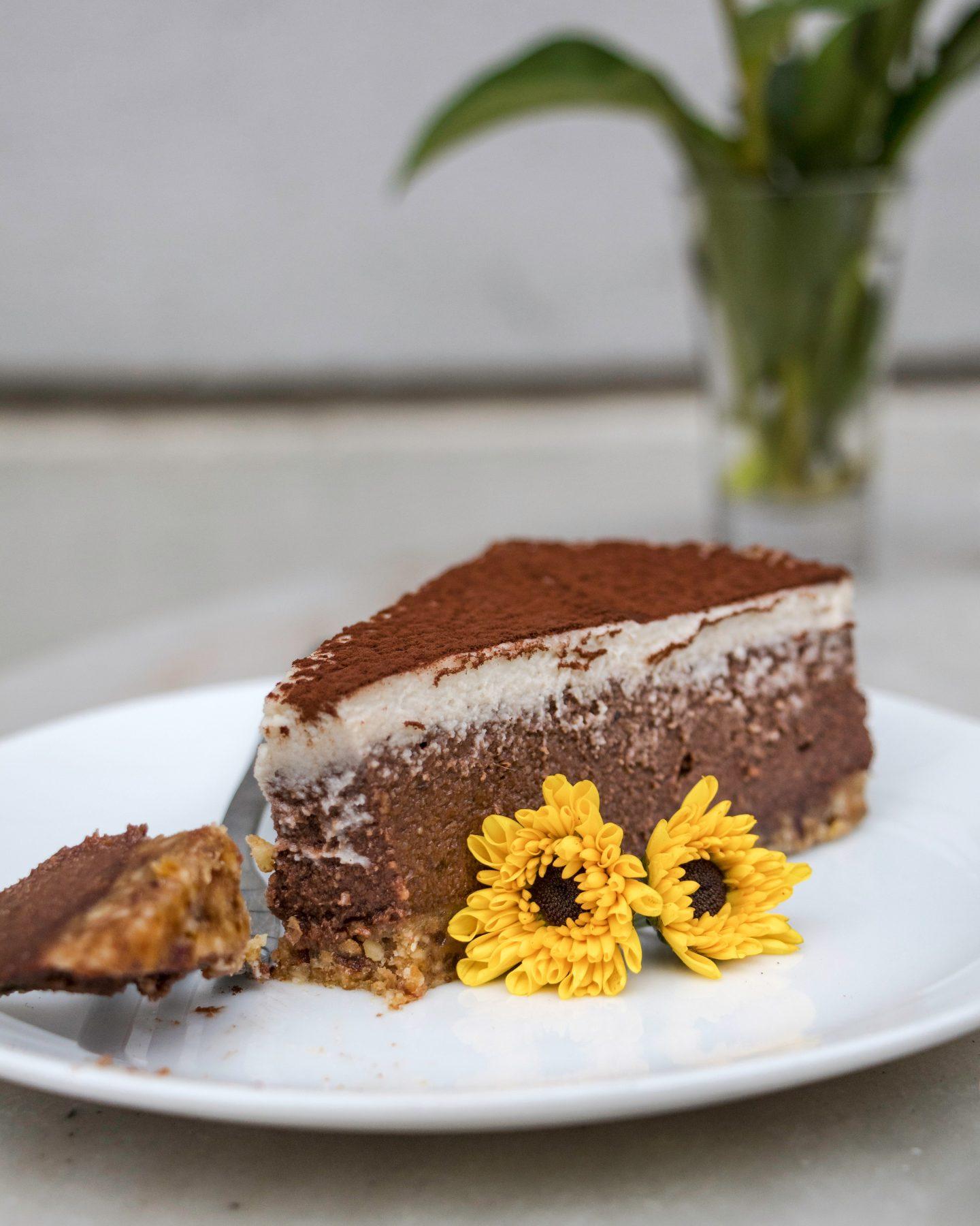 raw tiramisu cake