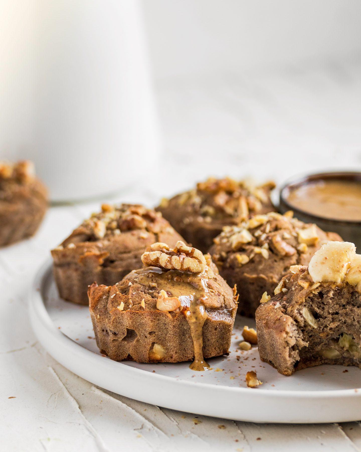 Vegán és cukormentes banános diós muffin